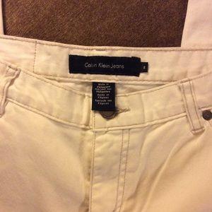 Calvin Klein cropped white jeans size 8